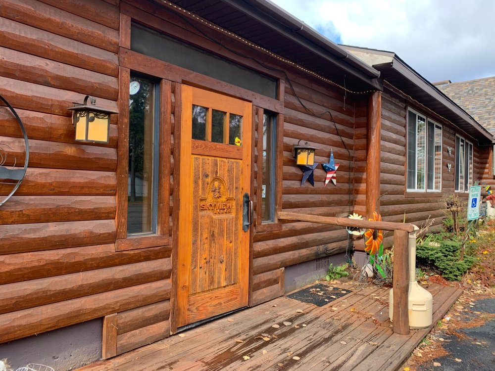 Skyview Lodge & Supper Club: 11896 Cty Hwy W, Presque Isle, WI