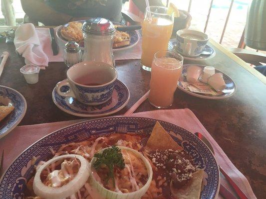 Sanborns cocina mexicana avenida ignacio luis vallarta for Sanborns azulejos horario