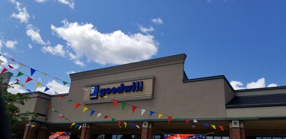 Goodwill: 953 S Main St, Cheshire, CT