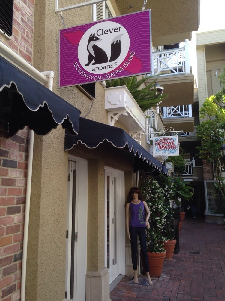 Clever Apparel: 205 Crescent Ave, Avalon, CA