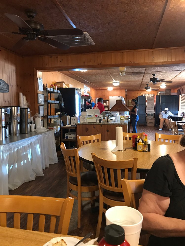 Vera's Kitchen: 8741 US Hwy 301 S, Statesboro, GA