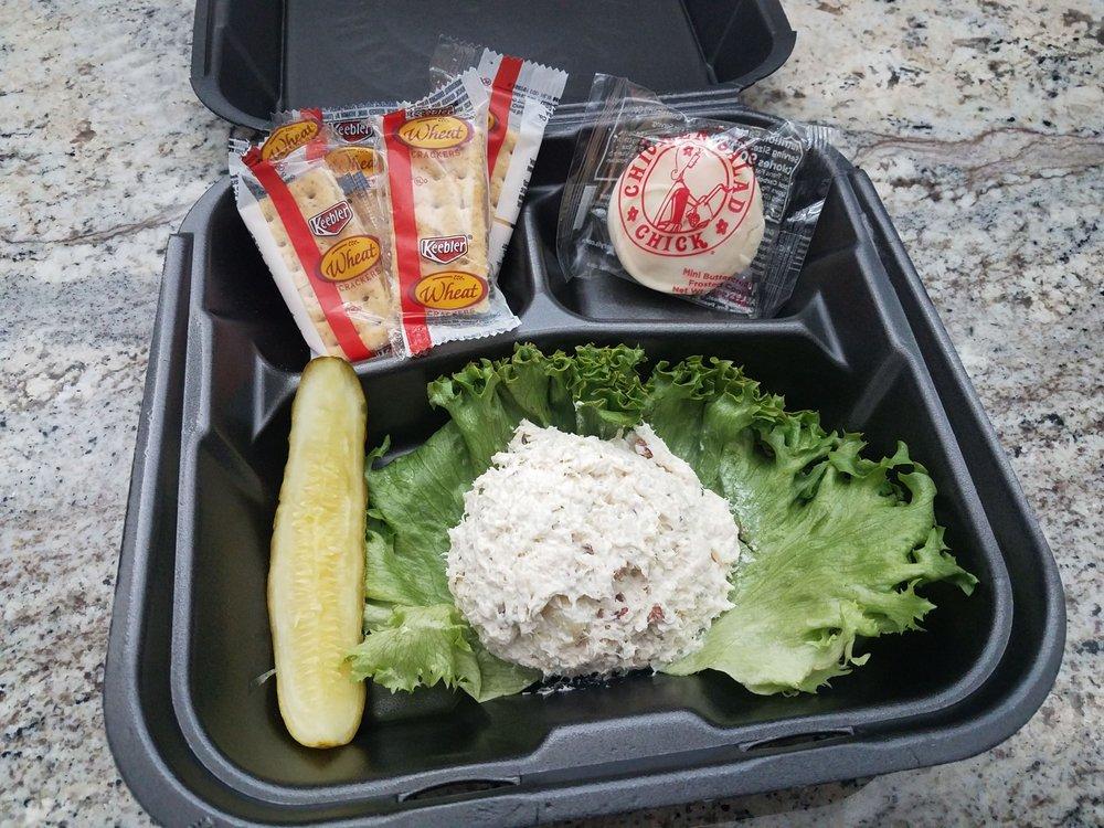 Chicken Salad Chick: 412 W Washington St, East Peoria, IL