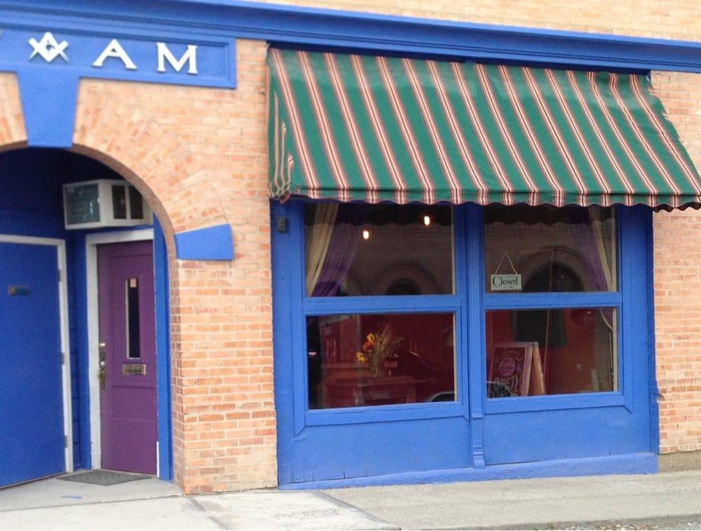 Salon Belleza: 15 3rd St W, Eureka, MT