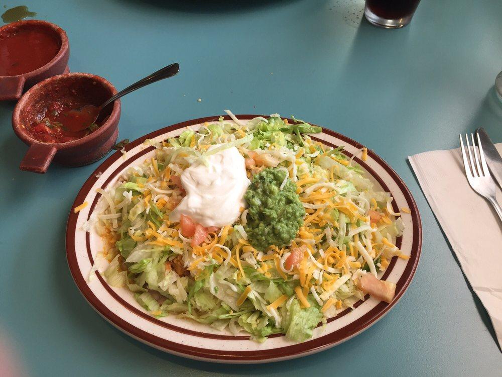 Aztlan Mexican Restaurant: 1281 Hwy 101, Reedsport, OR