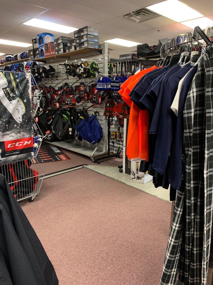 Mannys Sports: 1725 Mendon Rd, Cumberland, RI