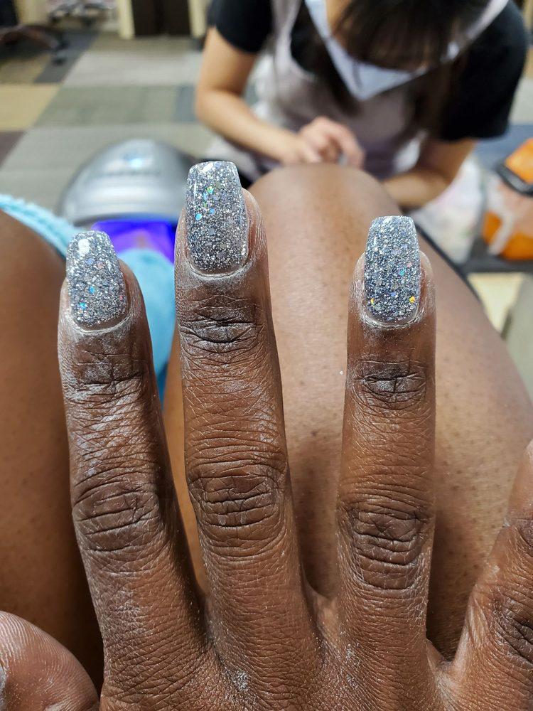 Vy's Nail Salon: 4274 Gray Hwy, Gray, GA