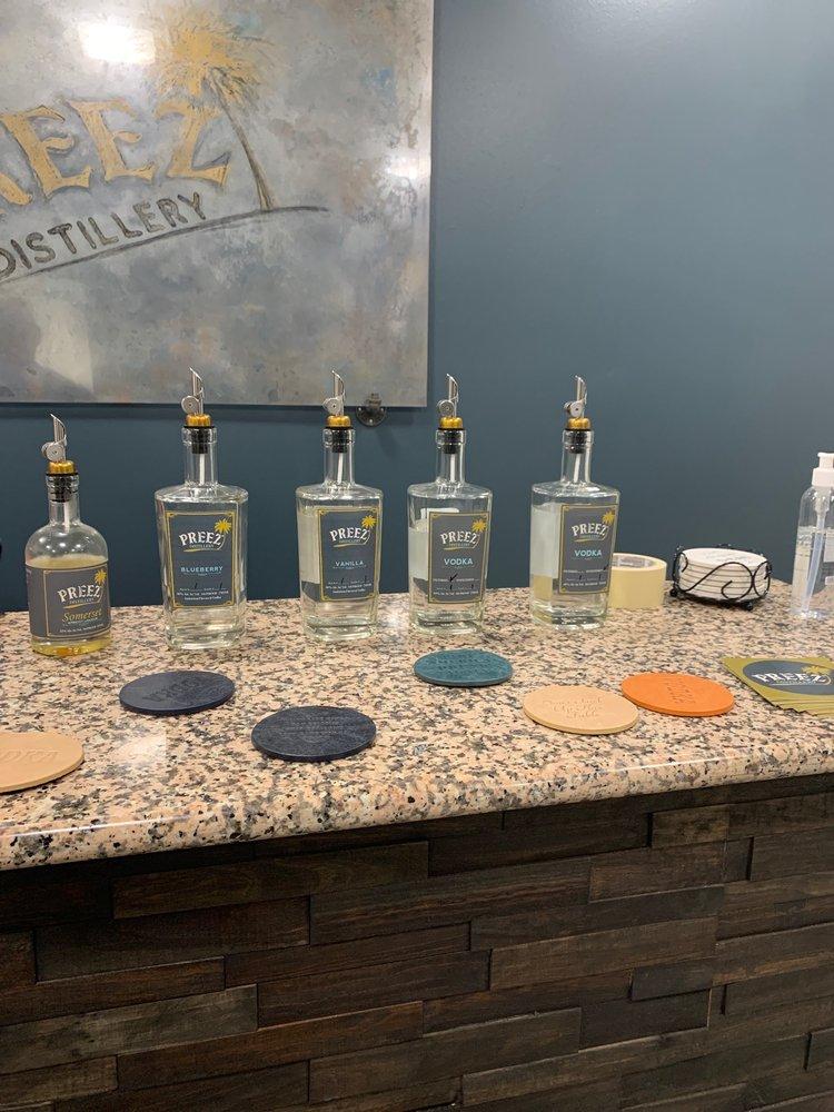 Preez Distillery & Tasting Room: 10550 72nd St N, Largo, FL
