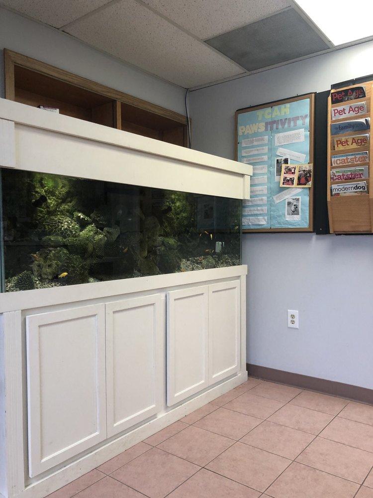 Tysons Corner Animal Hospital: 8496 Tyco Rd, Vienna, VA
