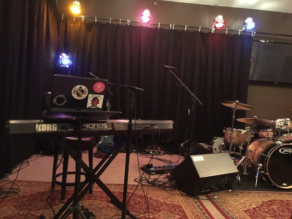 Kingston's Music Showcase: 340 Ridge Pointe Dr, Carmel, IN