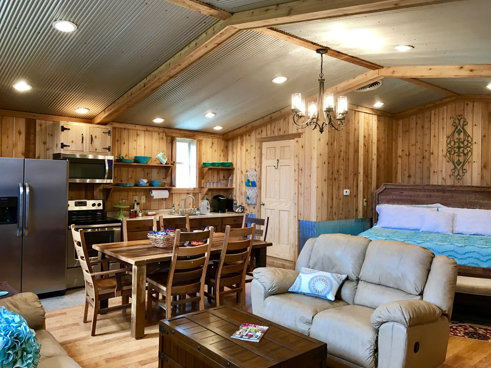 Whitetail Dream Cabins: 31962 Ansel Rd, Logan, OH
