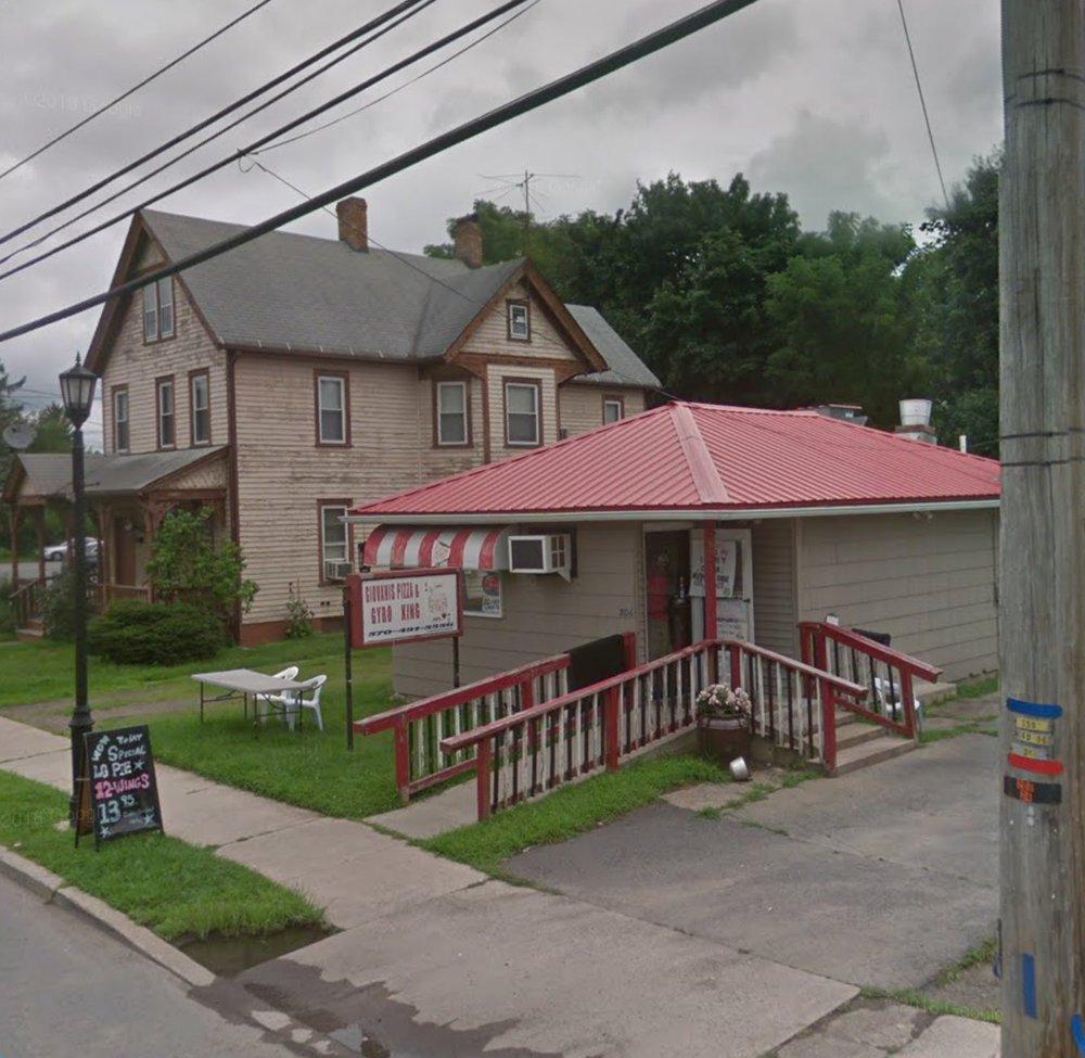 Giovanni's Pizza and Gyro King: 206 Pennsylvania Ave, Matamoras, PA