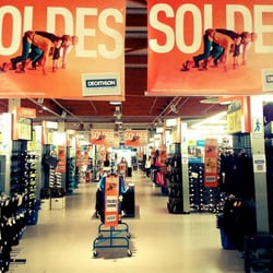 decathlon magasin de sport rue abraham couleru montbeliard doubs num ro de t l phone yelp. Black Bedroom Furniture Sets. Home Design Ideas