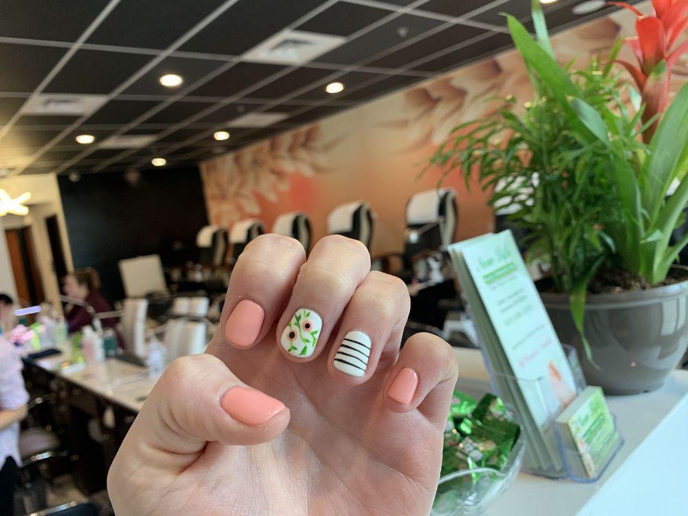 New Life Nails & Organic Spa: 1240 E Burnside St, Portland, OR