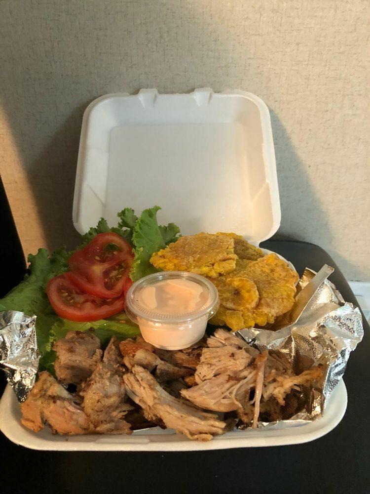Food from Noe's Puertorrican Food