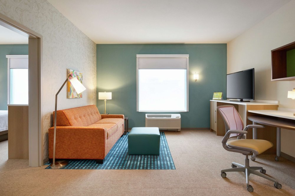 Home2 Suites by Hilton Frederick: 4850 Buckeystown Pike, Frederick, MD