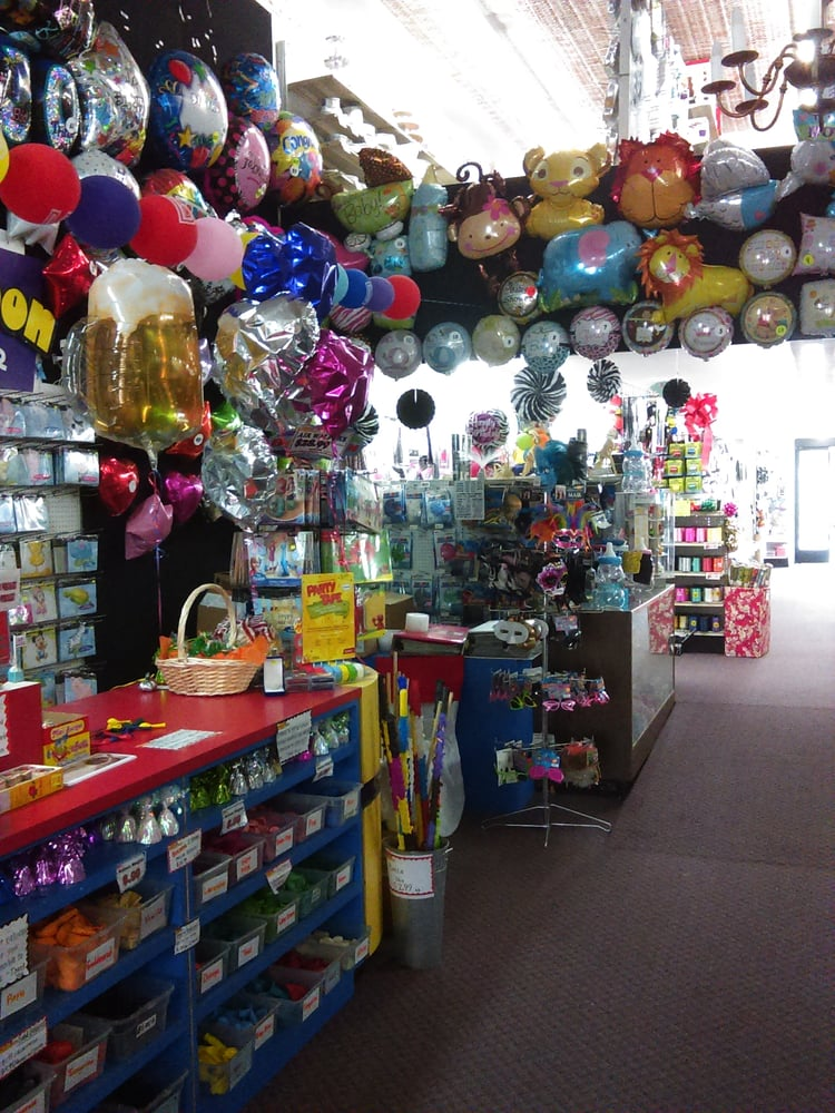 Make all your party celebrations memorable with discounted party supplies, cheap favors and cheap party decorations from Oriental Trading. Dazzle guests with amazing decorations, party snacks and favors from our discount party seusinteresses.tk'll love our selection of party items at incredible sale prices, including cheap temporary tattoos and goody bags for your guests to take home.