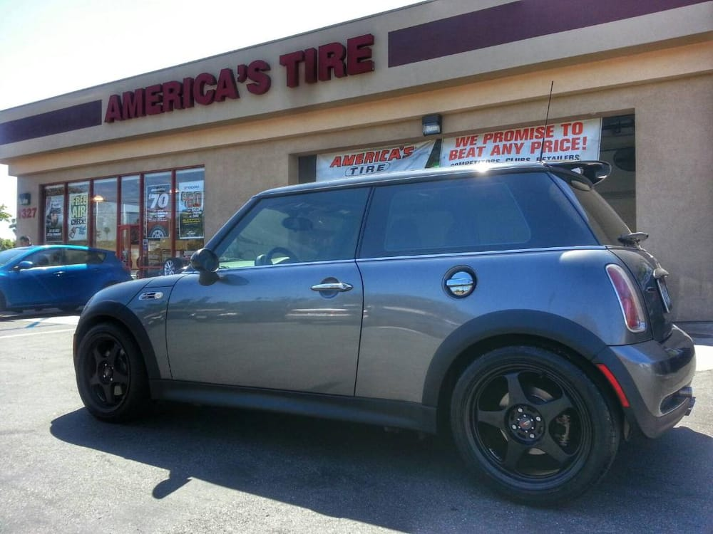 Mini Cooper with 17 inch Drag DR23 flat black wheels! - Yelp