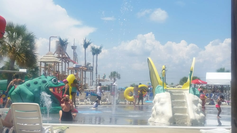 Grand Paradise Water Park: 50 Grandview Dr, Collins, MS