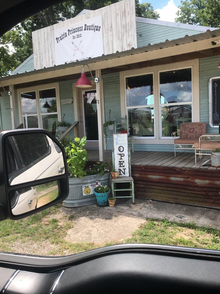 Prairie Princess Boutique: 2919 Fm 163, Cleveland, TX