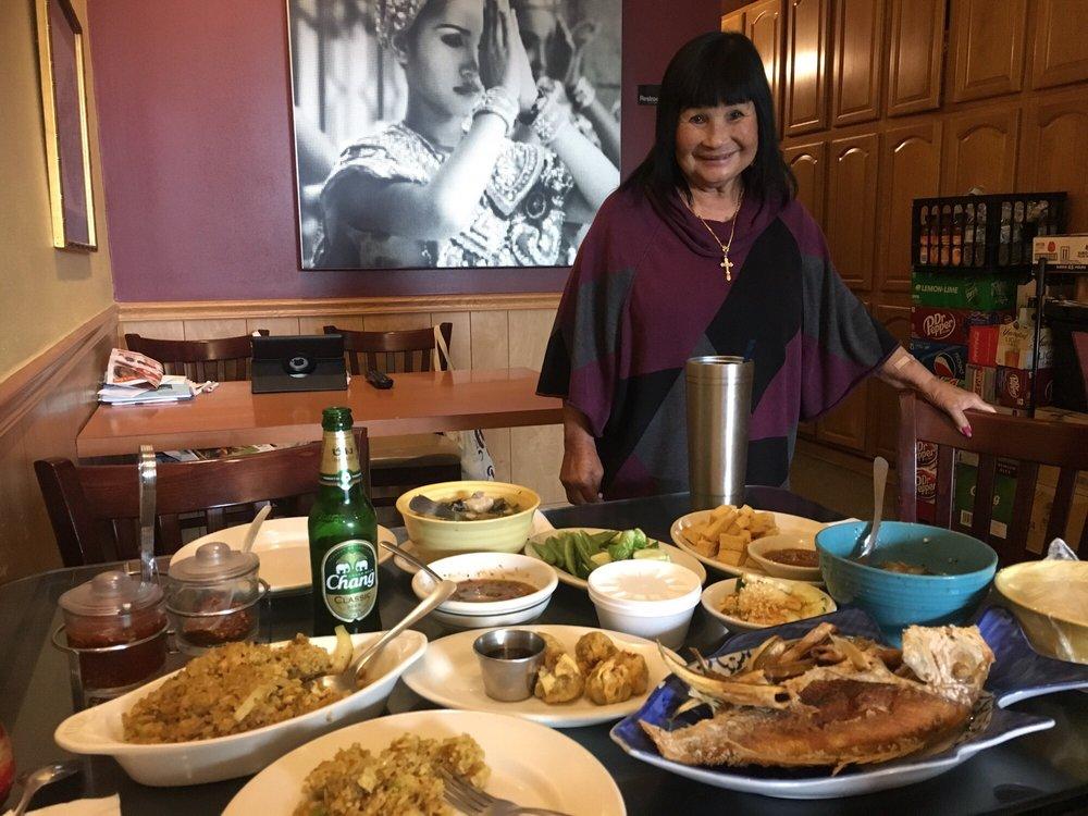 Taste Of Thai: 4317 University Blvd S, Jacksonville, FL