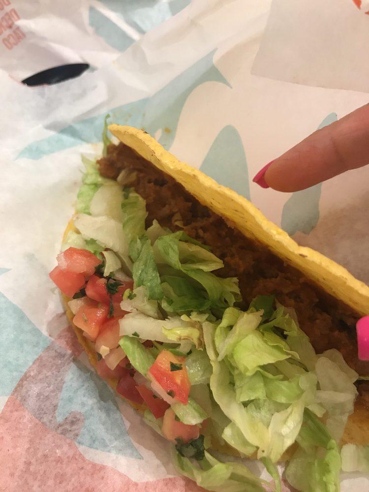 Taco Bell Trumbull