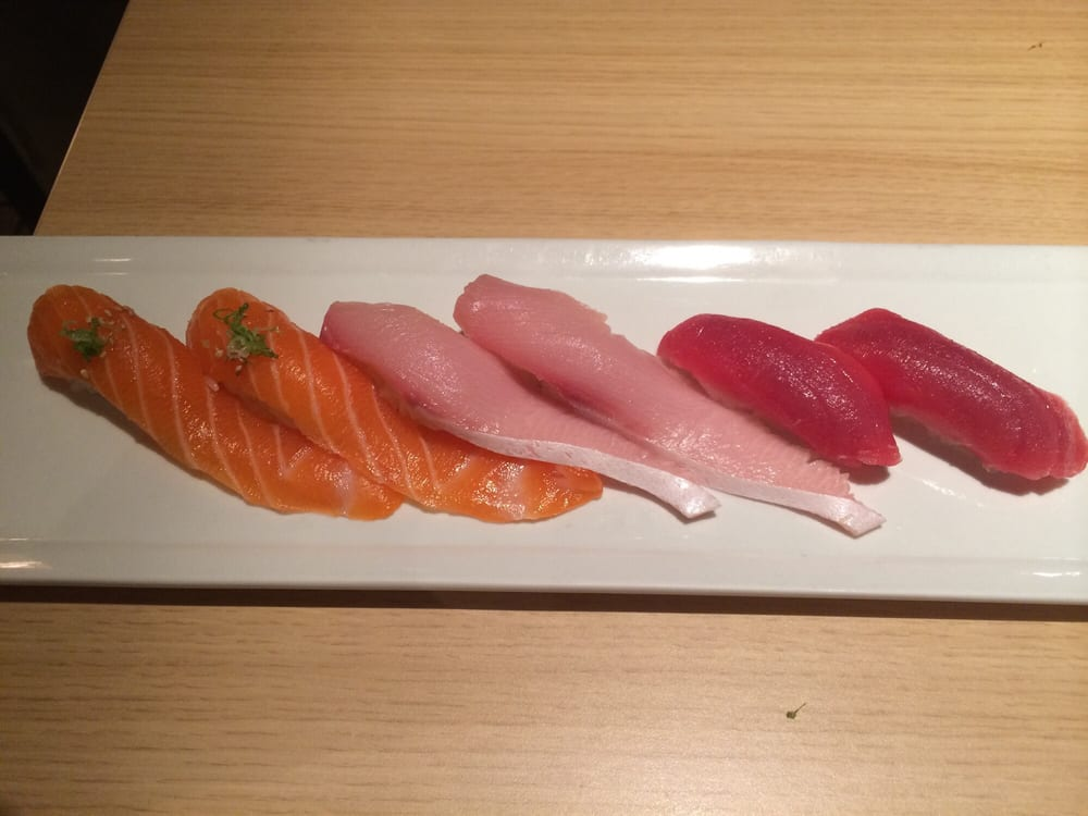 Yellowtail Belly Sushi Salmon Belly, Y...