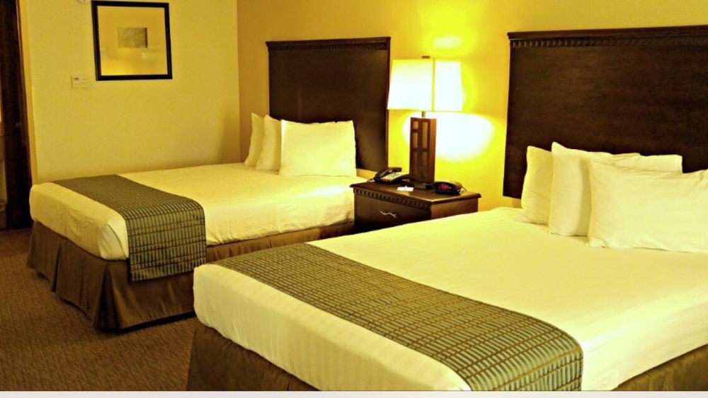 Cochran Inn & Suites: 108 Eighth St Crescent, Cochran, GA