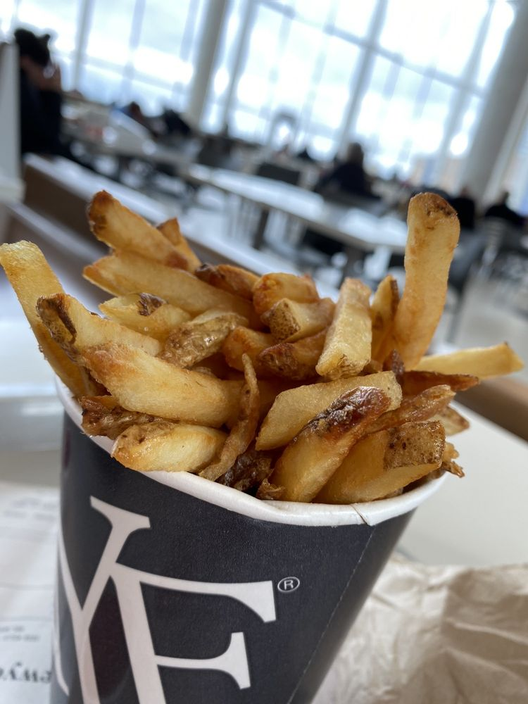 New York Fries - Erin Mills Town Centre