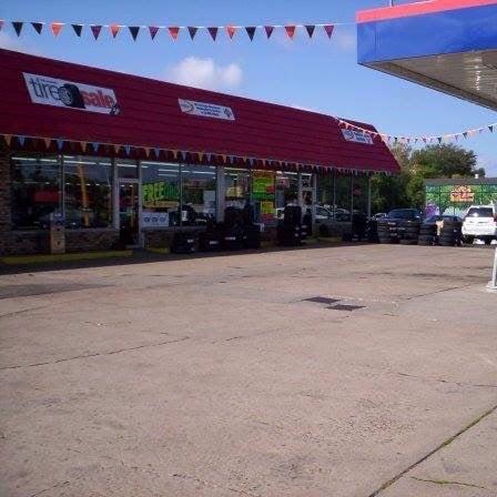 Wright tire service autoreifen 710 w main st anoka for Main motors anoka mn used cars