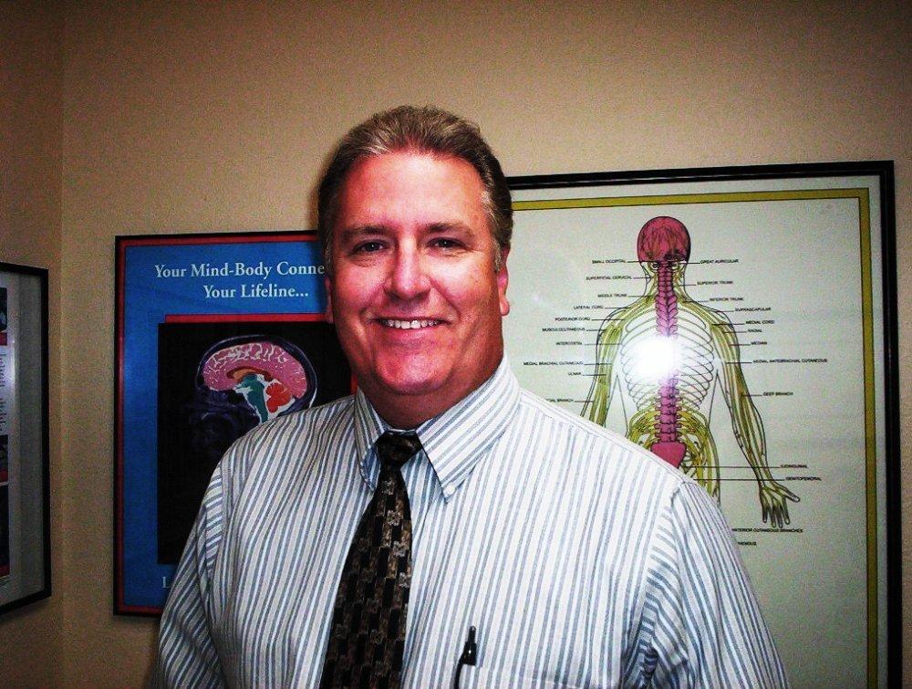 Hoffman Chiropractic: 1332 E Main St, Barstow, CA