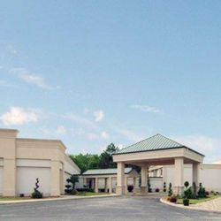 Photo Of Quality Inn And Conference Center Fremont Oh United States