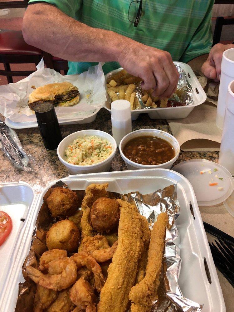 Brown's Quality Seafood: 602 1/2 W 6th St, Waynesboro, GA