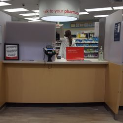 cvs pharmacy 12 reviews drugstores 2639 main st glastonbury