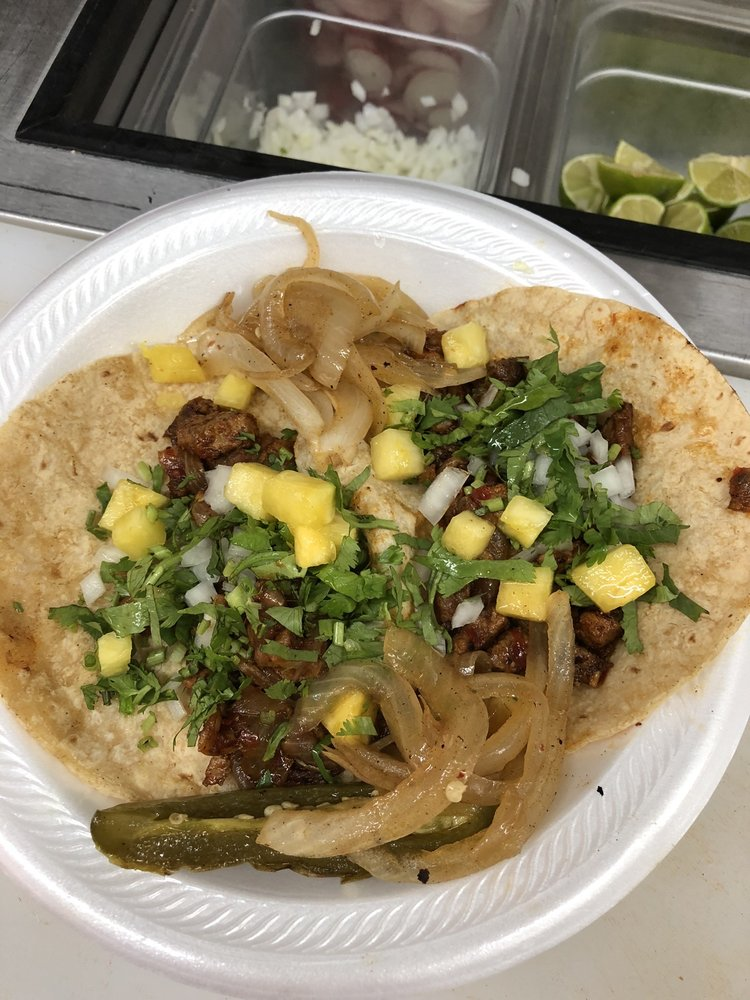 Taqueria Mexico: 1423 Sugarloaf Rd, Hendersonville, NC
