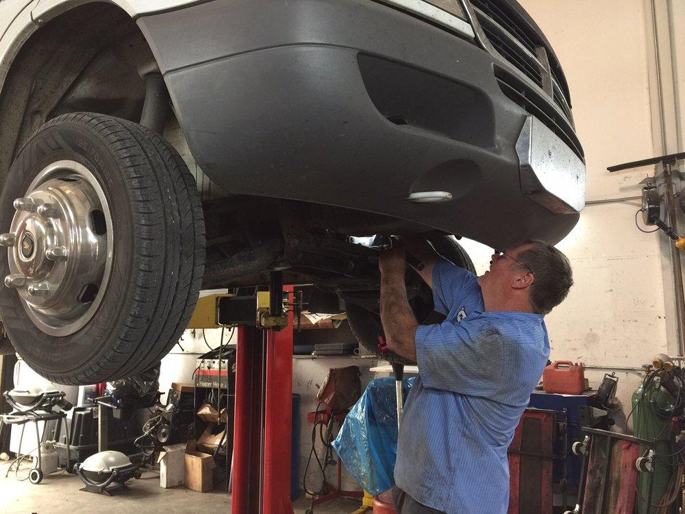Wespaul's Automotive: 910 26th St, Anacortes, WA