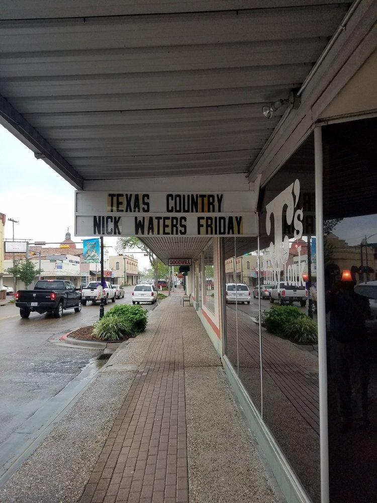 T's Honky Tonk: 209 N Washington St, Beeville, TX
