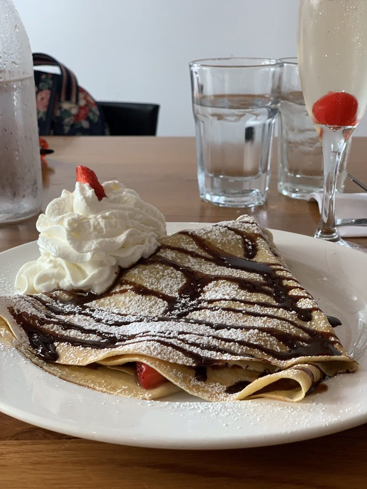Pauley's Original Crepe Bar: 134 E Clayton St, Athens, GA
