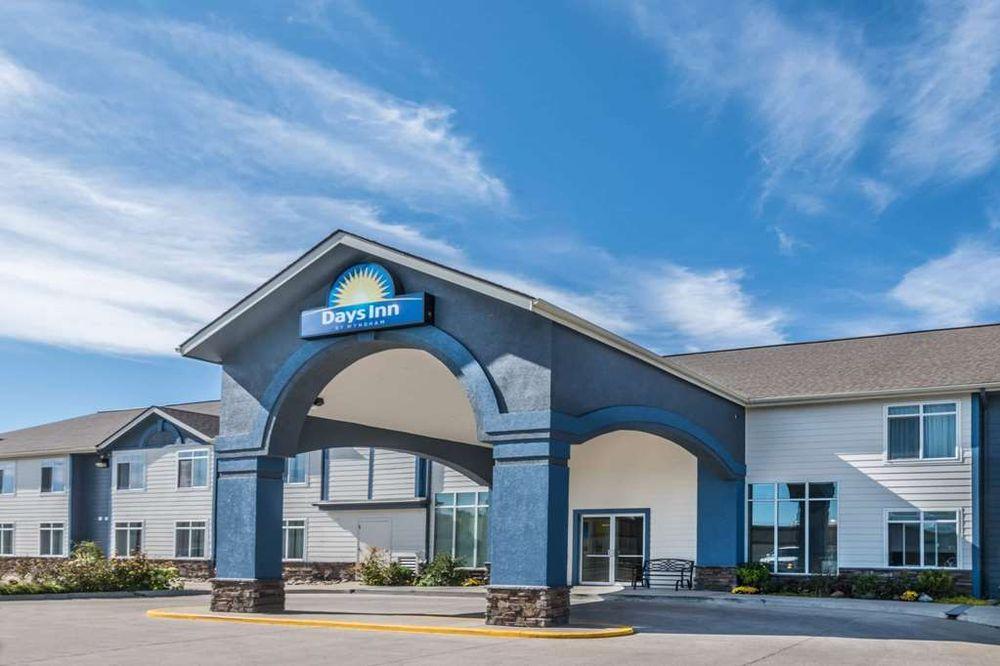 Days Inn by Wyndham Great Falls: 101 14th Avenue Northwest, Great Falls, MT