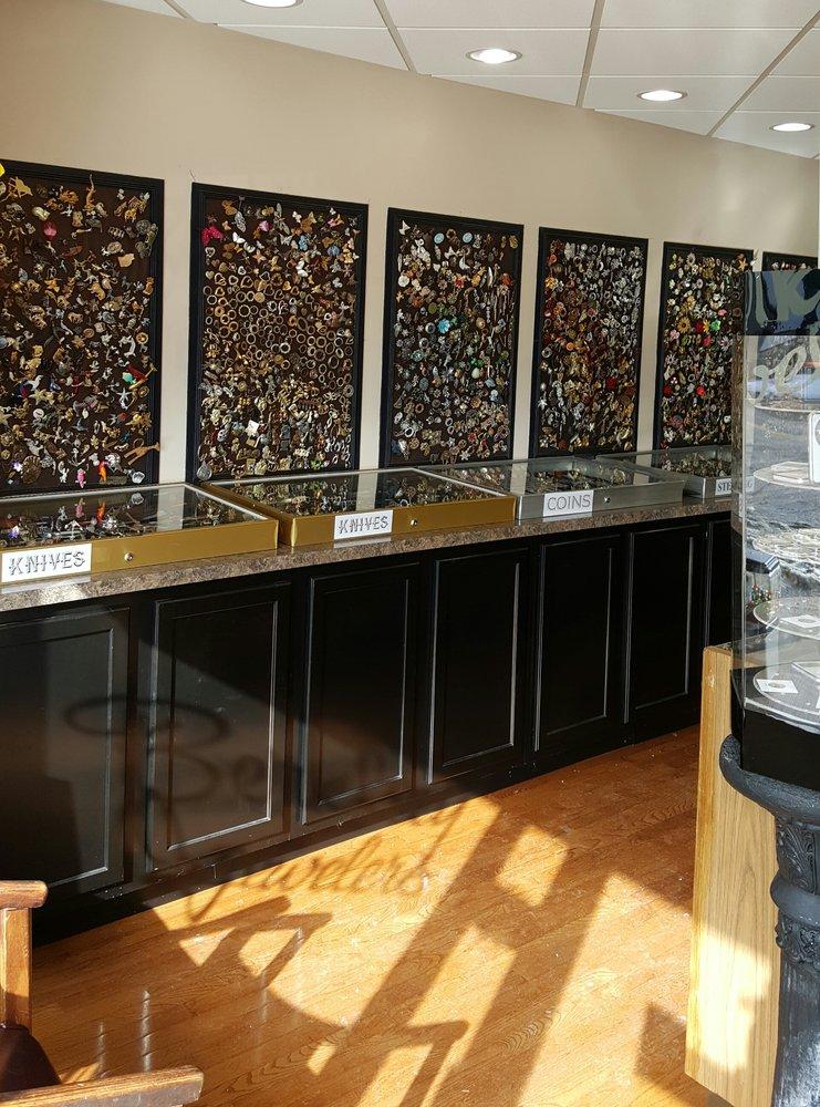 Berkley Jewelers: 311 W Woodlawn Ave, Louisville, KY
