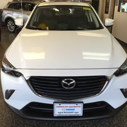 Garden City Mazda 28 Photos 55 Reviews Car Dealers 209 N