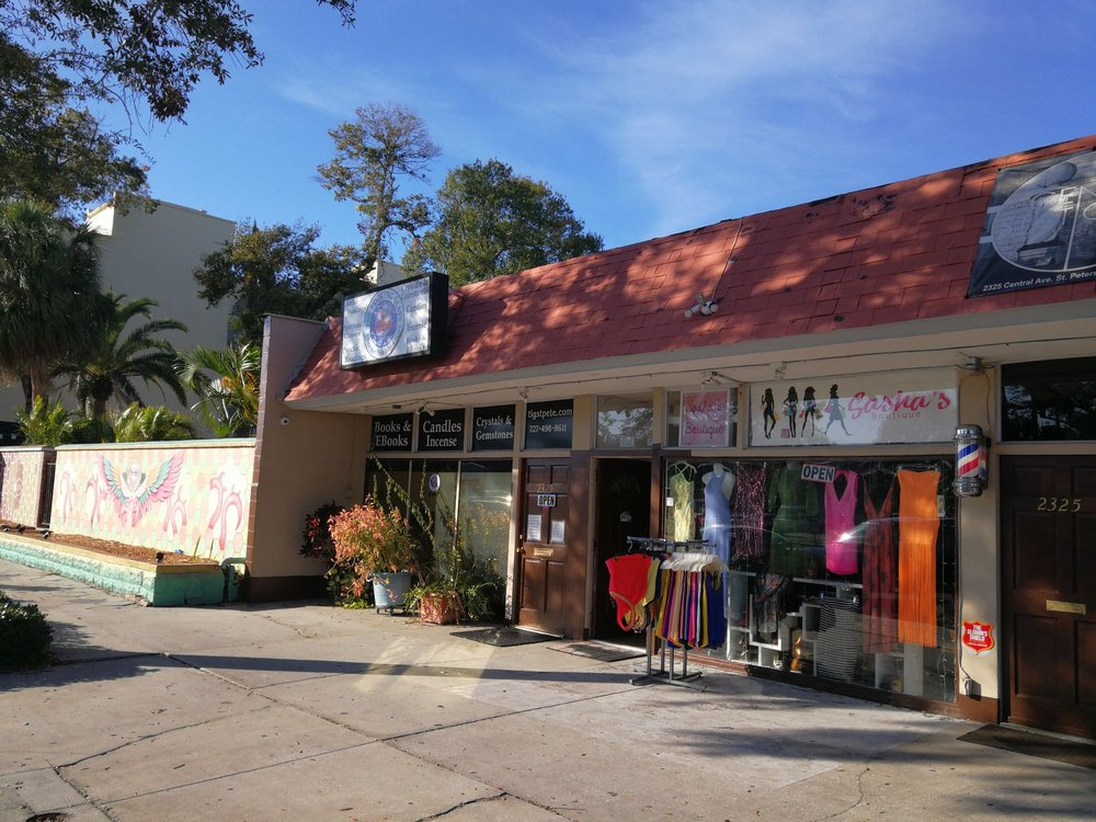 The Looking Glass: 2317 Central Ave, St. Petersburg, FL