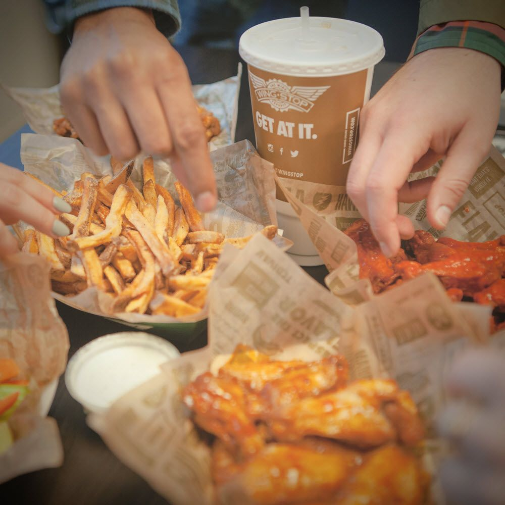 Wingstop: 11350 SW Canyon Rd, Beaverton, OR