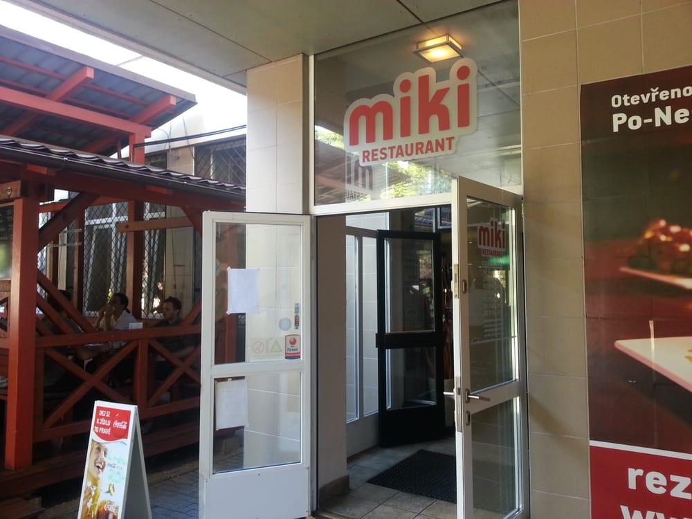 MIKI restaurant: Makovského náměstí 3166/3, Brno, JM