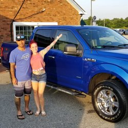 Crossroads Ford Southern Pines >> Crossroads Ford Lincoln Of Southern Pines 12 Photos 11