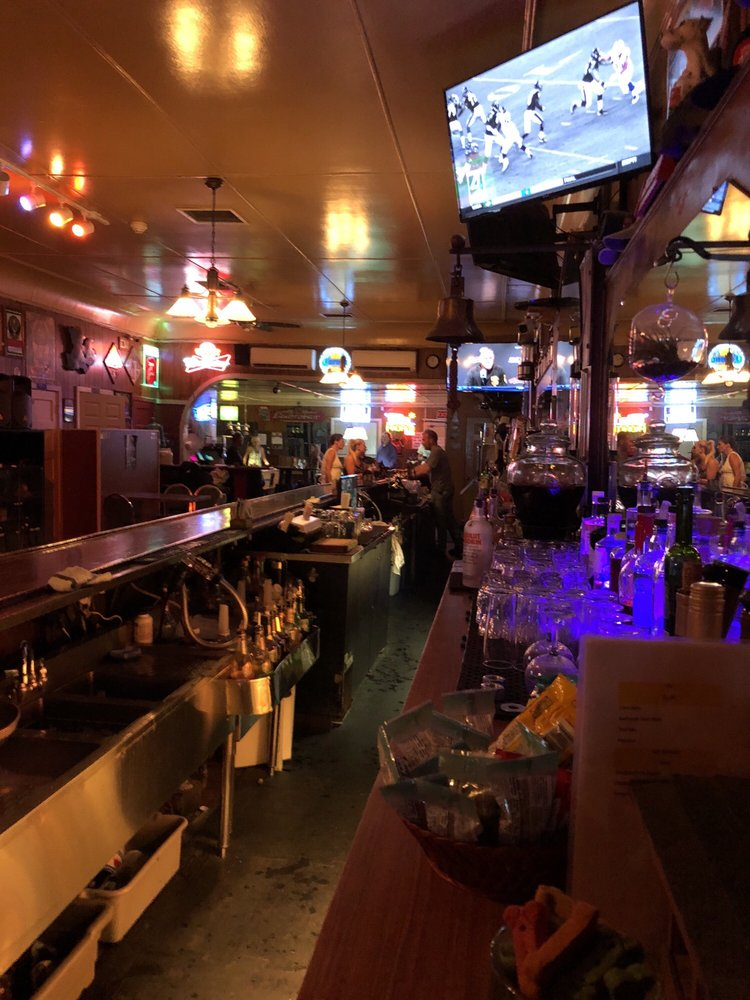 Joe's Bar: 13118 Hwy 9, Boulder Creek, CA