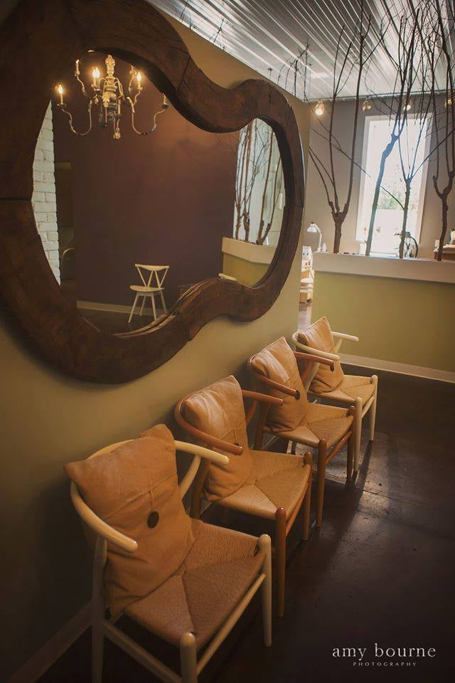 Jaspe Salon: 312 E Wood St, Paris, TN