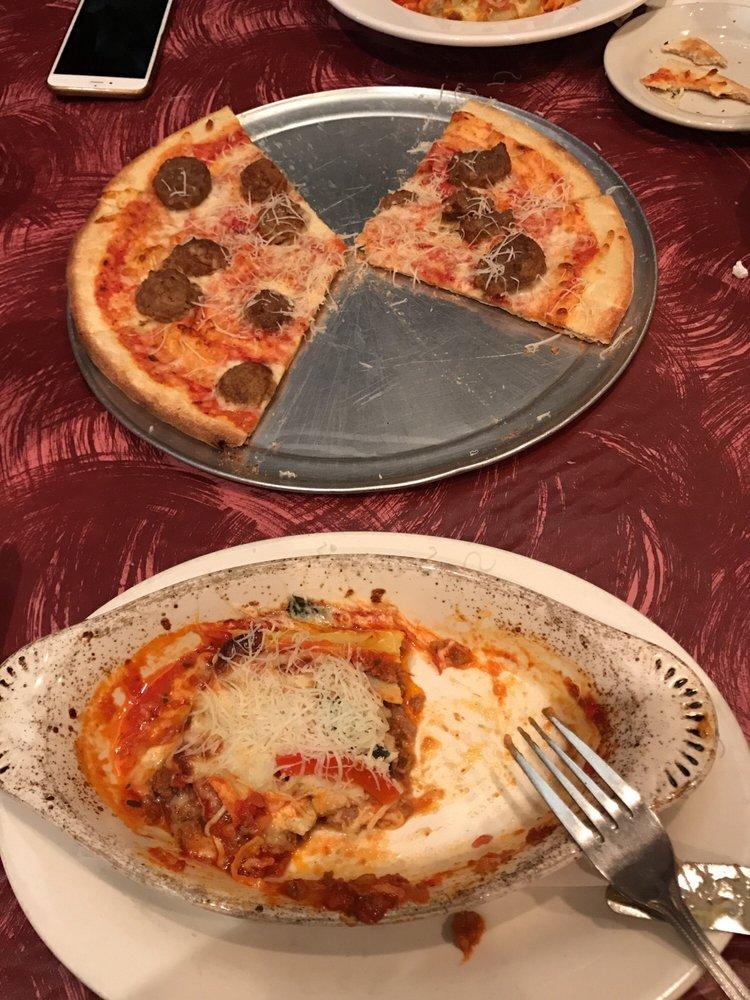 Restaurants Italian Near Me: The Pizza Is So So , And The Lasania Is Good