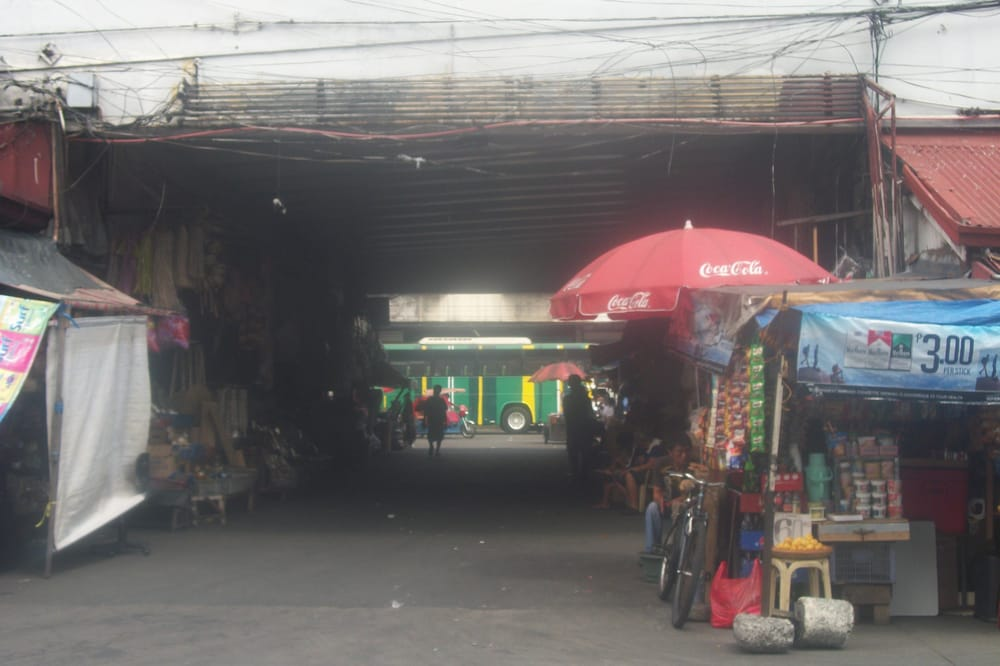 Under The Quiapo Bridge Is The Mecca Of Local Handicrafts Yelp