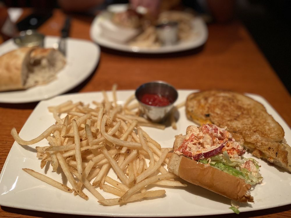 Social Spots from Coastal Grille