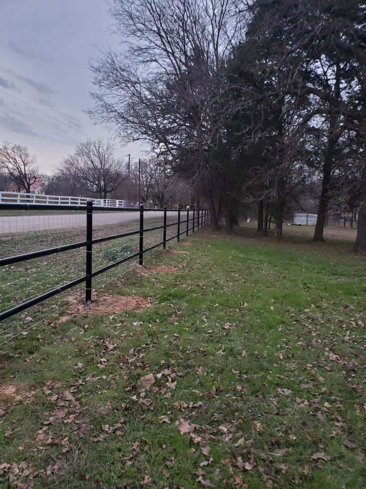 Moseley Fence: 3817 Cross Timber Rd, Burleson, TX